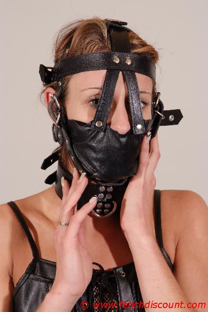 Maulkorb-Harness / Muzzle Gag