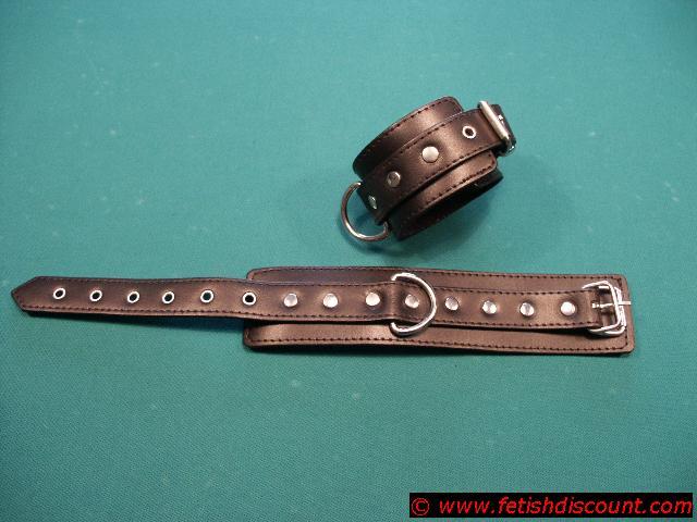 Leder Fußfesseln / ancle cuffs